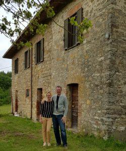 Hans en Daisy voor toekomstige vakantie appartementen in Umbrie